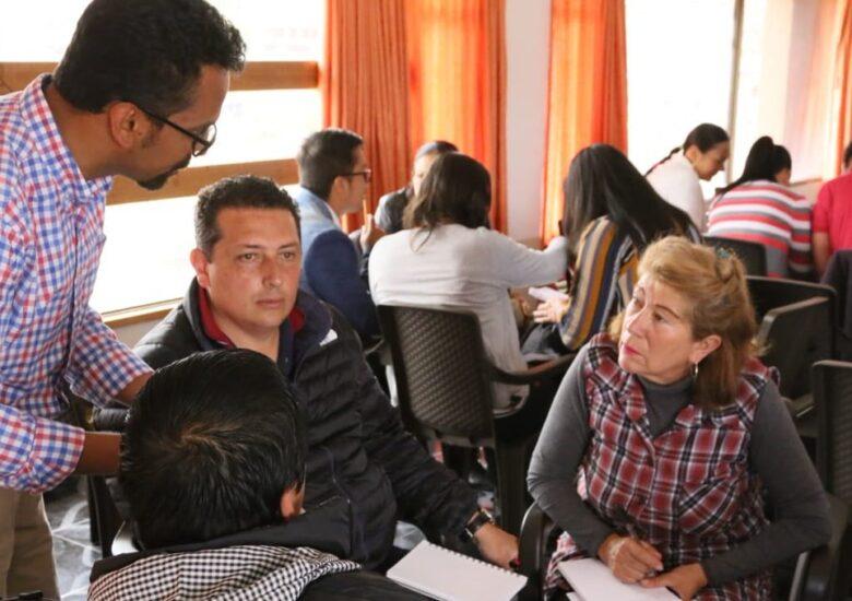 Programa de trabajo con ayuda de los socios para que todos los trabajadores